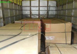 Bàn giao đơn hàng tấm da cửa MDF 5mm phẳng phủ Veneer óc chó cho đơn vị sản xuất tại Bắc Từ Liêm