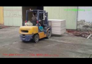 Embedded thumbnail for Bàn giao Container hàng tấm MGO cho đơn vị sản xuất cửa gỗ công nghiệp tại Hưng Yên